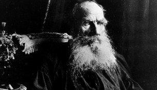 Lev_Tolstoy_1910
