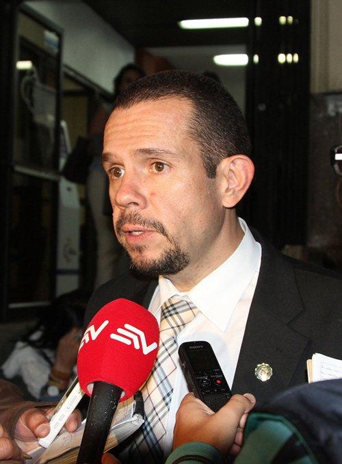 J.P.Albán no tiene pelos en la lengua a la hora de denunciar las violaciones de los derechos humanos (Archivo El Comercio).