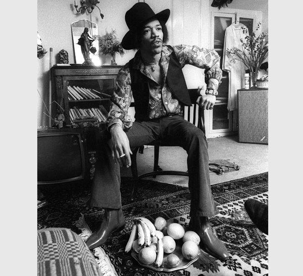Jimi Hendrix en 23 Brook Street, Londres, 1969.