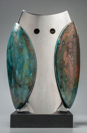 BÚHO, acero inoxidable, cerámica rakú y madera, serie 2010-2016.