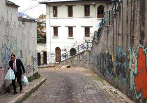 Subida a la calle Valparaíso.