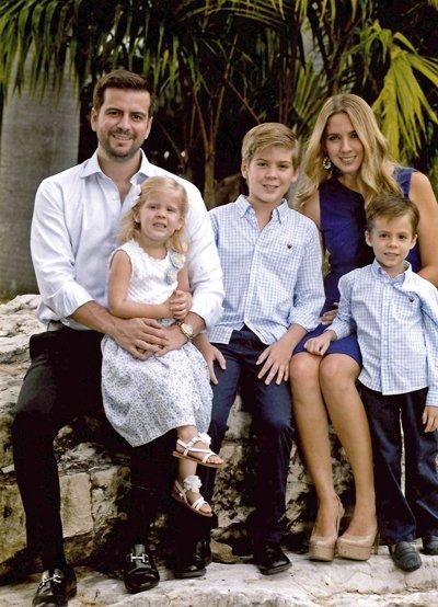 Pablo Arosemena junto a su esposa Michelle Jalil y sus hijos Juan Sebastián, Leonardo y Alicia.