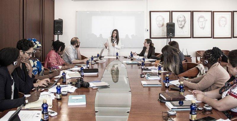 Dictando un taller sobre litigio estratégico a organizaciones de América Latina y África, 2018.