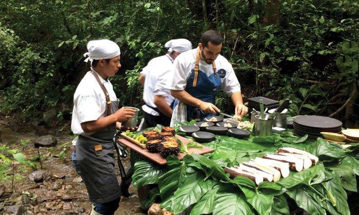 Una cocina en medio de la naturaleza tiene un efecto inspirador, estimula la creatividad y es una experiencia única.