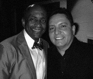 Junto al gran productor y pianista Sergio George.