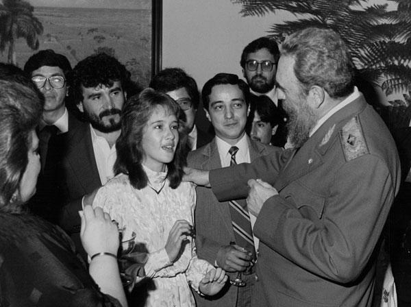 En cobertura periodística en Cuba, con Fidel Castro y el personal del ex Instituto Nacional de la Niñez y la Familia (Innfa), 1987.