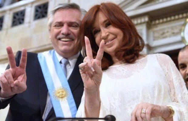 Argentina volvió a desbarrancarse hacia el peronismo, un error incomprensible en el que mucho tuvo que ver la desatinada gestión de Mauricio Macri.la democracia.