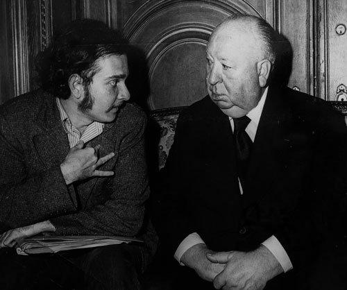 Carlos Ycaza Paulson, junto al director de cine Alfred Hitchcock a quien entrevistó brevemente como corresponsal de revista Vistazo en Nueva York.